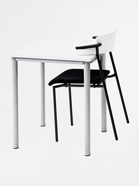 Series[e]one Desks - Office Furniture | Kinnarps
